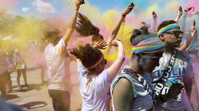 Color Throw - Queens Color Run